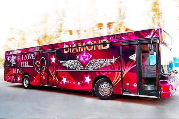 Пати бас Diamond PartyBus на прокат киев