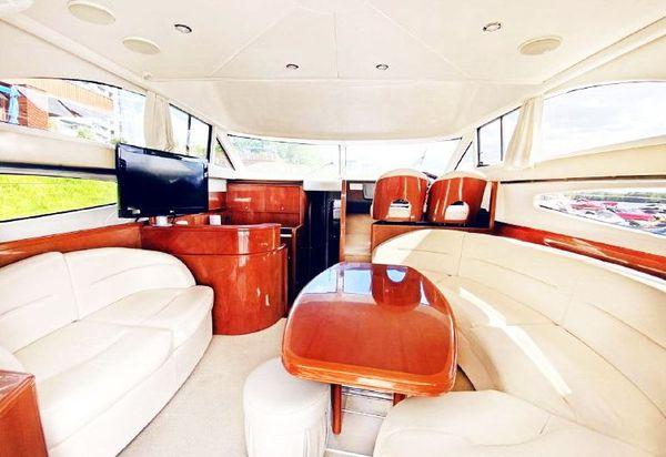 Princess-45 V.I.P. прокат аренда моторной яхты вип киев