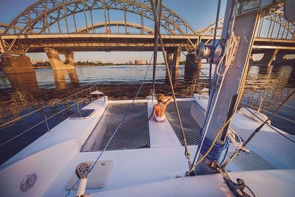 прокат парусной яхты ла вита на девичник день рождения