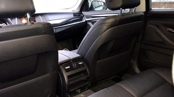 BMW 530 белая арендовать на прокат