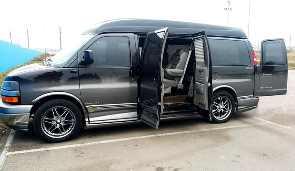 Микроавтобус CHEVROLET EXPRESS LIMITED SE аренда