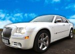 Chrysler 300C белый на прокат авто