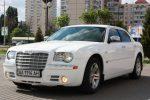 Chrysler 300C белый аренда авто Киев цена
