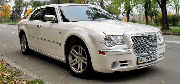 Chrysler-300C-ванильный перламутр айвори