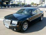 Chrysler 300C черный заказать на прокат авто