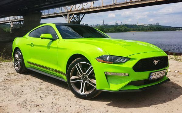 Ford Mustang GT салатовый 2018 аренда спорткара салатового