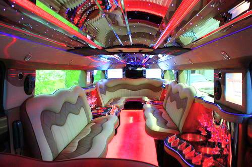 Hummer H2 limo white
