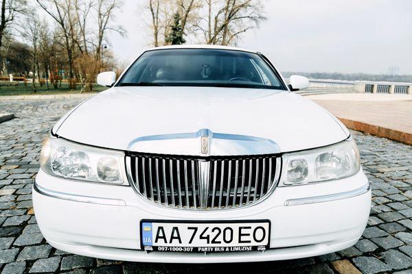 Lincoln Disco-Plaza лимузин прокат