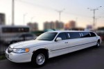 Лимузин Lincoln Town Car 120 аренда Киев цена №4