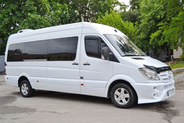 mercedes-sprinter-арендовать микроавтобус на заказ