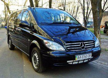 Mercedes Vito черный микроавтобус 8 мест