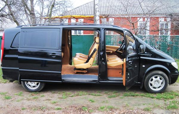 Mercedes Vito черный 8 мест
