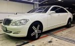 Mercedes W221 S550 белый аренда автомобиля код 087