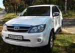 Внедорожник Toyota Fortuner аренда прокат Киев джип цена