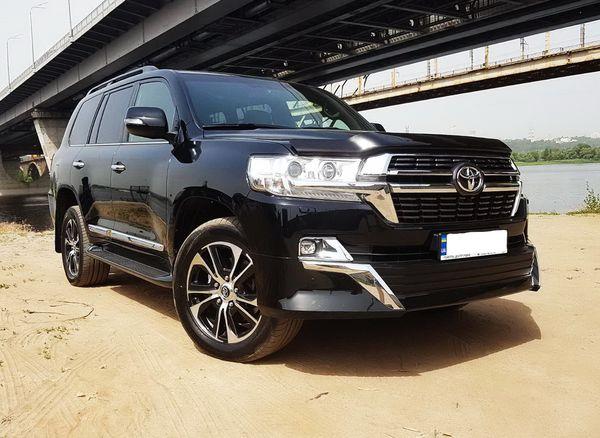 Toyota Land Cruiser 200 аренда прокат с водителем без водителя