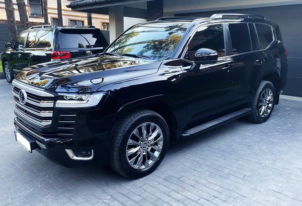 Toyota Land Cruiser 300 аренда прокат джипов без водителя