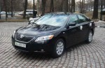Toyota Camry черная заказать прокат авто Киев цена