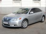 Toyota Camry серебристая арендовать авто код 156