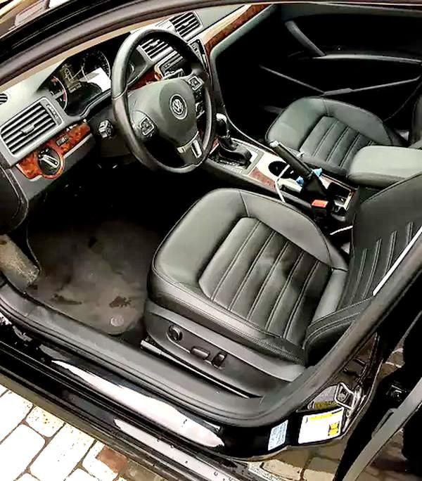 Volkswagen Passat B7 черный на прокат на свадьбу