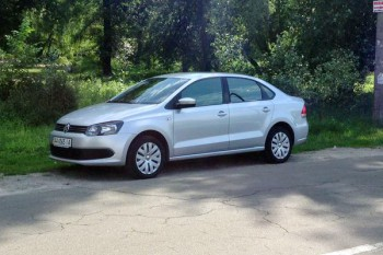 Volkswagen Polo седан прокат аренда