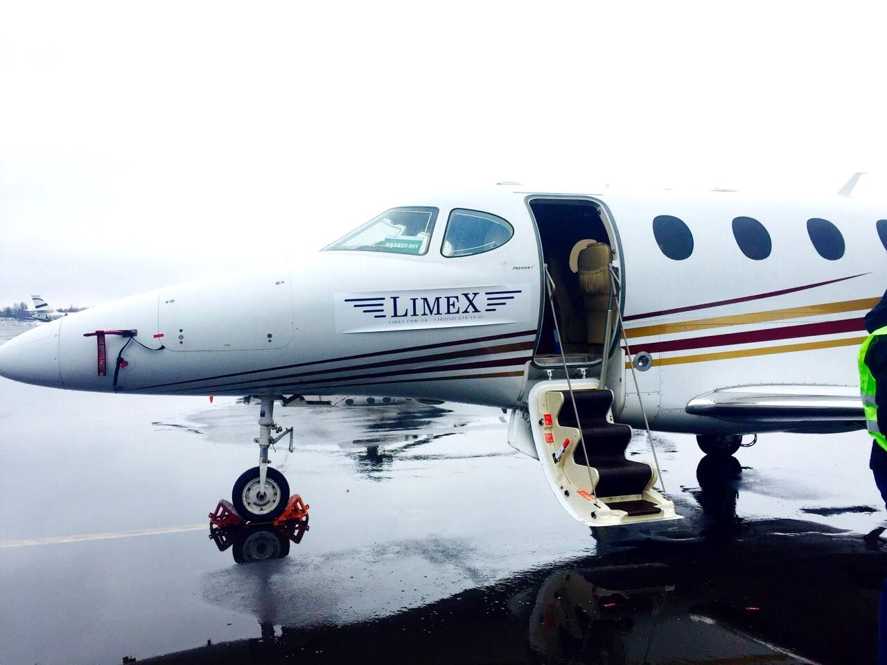 Beechcraft Premier 1A заказать чартерный рейс на самолете