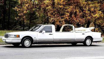 Lincoln Town Car белый кабриолет