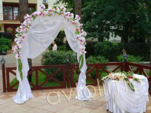 Свадебная арка на прокат сиреневая