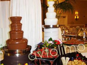 Шоколадный фонтан на свадьбу киев