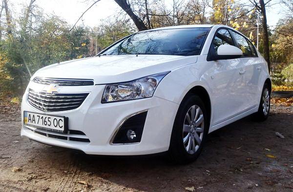 Chevrolet Cruze белый прокат аренда