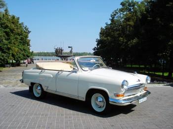 Volga GAZ-21 ретро авто кабриолет