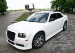 Chrysler 300C белый тюнинг «Stormtech» прокат авто код 134
