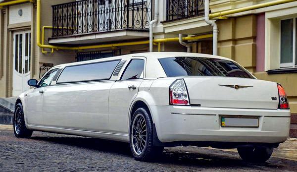 Chrysler 300C лимузин прокат аренда на свадьбу