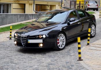 Alfa Romeo черный прокат аренда