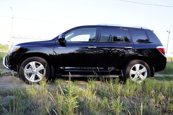 Toyota Highlander черная прокат аренда