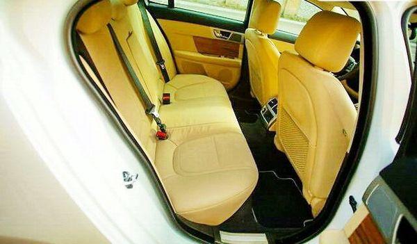 Jaguar XF белый заказать на свадьбу