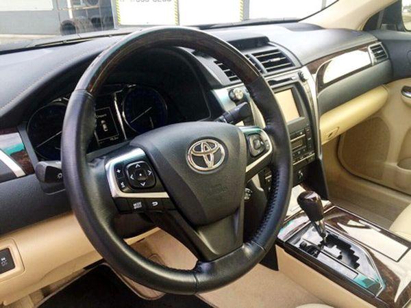 Toyoya Camry V50 заказать в киеве с водителем
