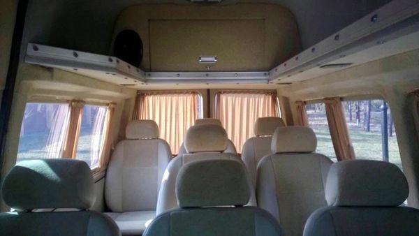 volkswagen-t5-белый аренда микроавтобуса