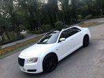 Chrysler 300C белый новый аренда авто Киев цена