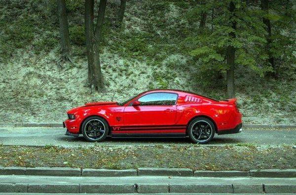 Ford Mustang GT Sport красный прокат