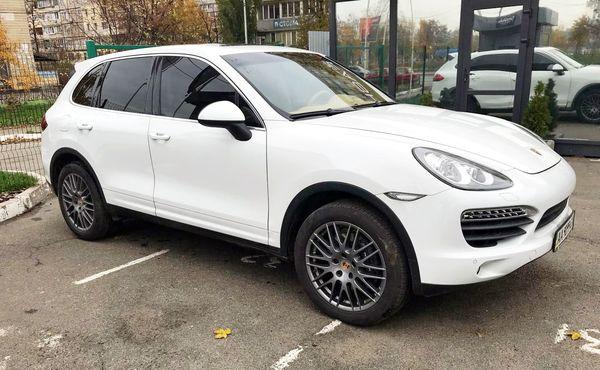 Внедорожник Porsche Cayenne TURBO прокат киев