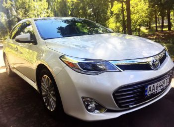 Toyota Avalon белая на прокат аренда