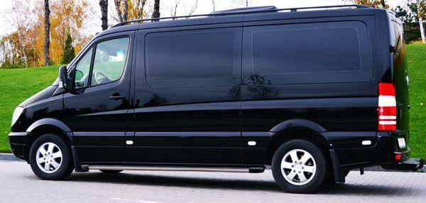 Mercedes Sprinter черный вип аренда микроавтобуса 8 местMercedes Sprinter черный вип аренда микроавтобуса 8 мест