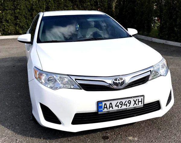 Toyota Camry V50 заказать на прокат в киеве