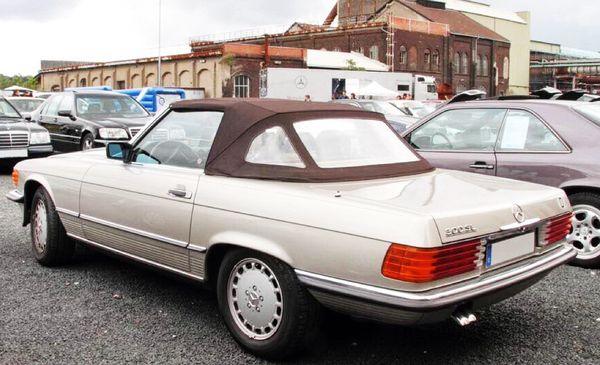 Mercedes SL 107 1985 год ретро авто аренда