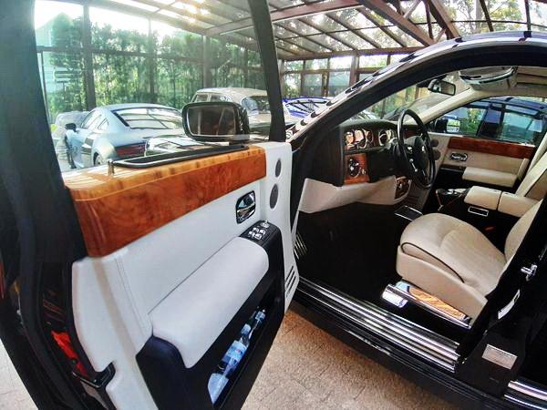 Vip-авто Rolls-Royce Phantom 2006 аренда на прокат
