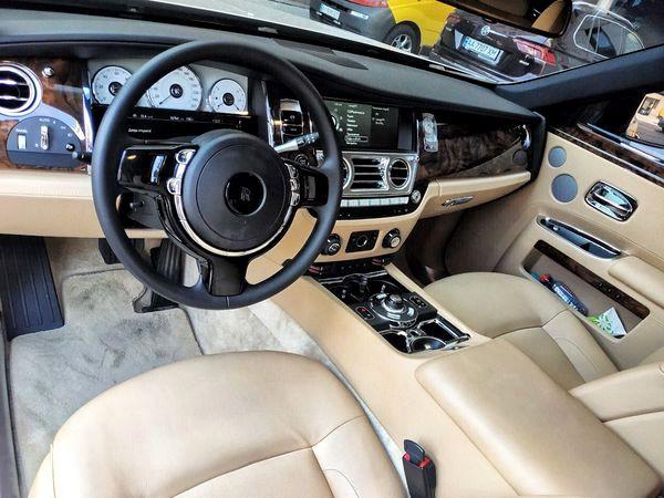 Vip-авто Rolls Royce Ghost прокат аренда