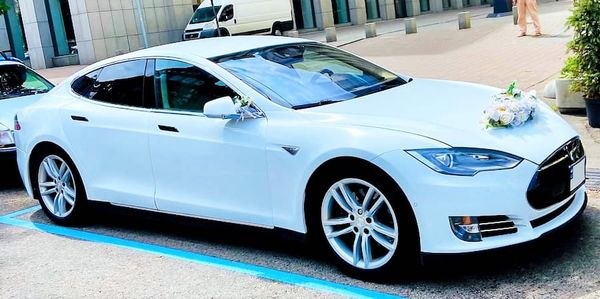 Tesla Model S 75D прокат аренда на свадьбу