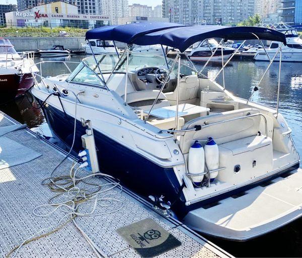 Regal-2860  прокат аренда моторной яхты катера на девичник день рождения
